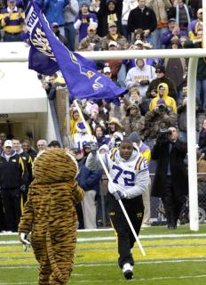 Dorsey_with_flag